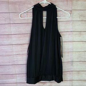 Rampage Black Pleated Sleeveless Blouse Small